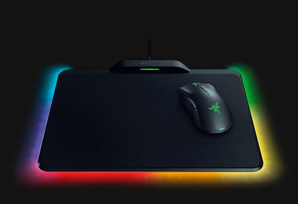 "RAZER Gaming-Maus ""Mamba HyperFlux"" (1 dpi, inkl. Firefly HyperFlux Mauspad)"