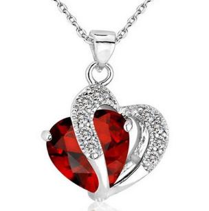 Halskette mit Anhänger Herz rot